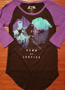 "Batman VS Superman ""Dawn of Justice"" Tshirt"